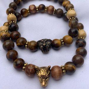 Jewelry - Bracelet, beaded with medallion.